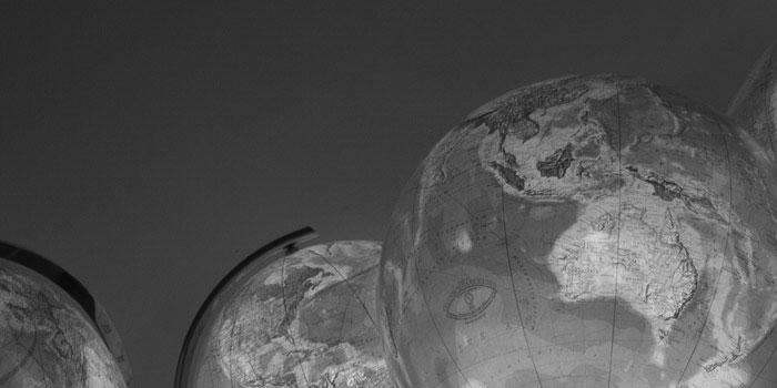 Globes vs Maps | ColumbusGlobes.com